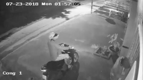 Sau World Cup, trộm táo tợn đột nhập nhà dân lấy cả ô tô