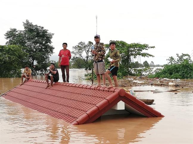 Thu tuong quyet dinh ho tro nuoc ban Lao 200.000 USD khac phuc su co vo dap thuy dien