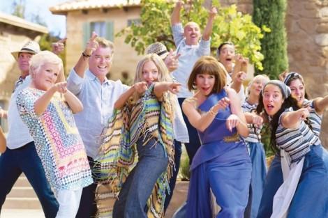 Mùi gió biển đượm nồng từ 'Mamma Mia 2'