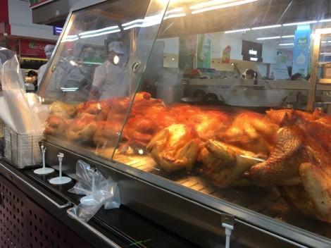 'Gà không đầu' nước ngoài không ăn, sao siêu thị vẫn nhập về bán?