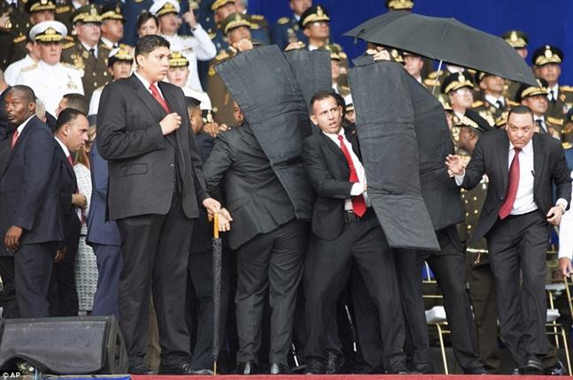Muu toan am sat Tong thong Venezuela co the tu nuoc ngoai