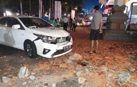 Hai ngày sau động đất ở Indonesia, bất ngờ giải cứu được nạn nhân may mắn sống sót