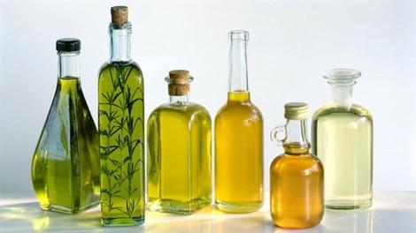 8 loại dầu thiên nhiên lành tính giúp tóc dày mượt