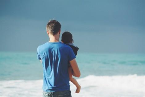 Con tôi có đến hai người cha cấp dưỡng