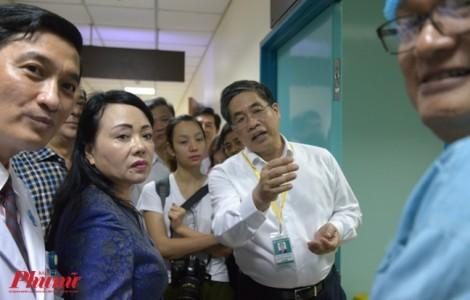 Nhân viên Bệnh viện Đại học Y Dược TP.HCM thu nhập bình quân 26 triệu đồng mỗi tháng