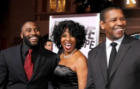 Con trai tài tử Denzel Washington thay bố 'lấy lòng' mẹ trên truyền hình