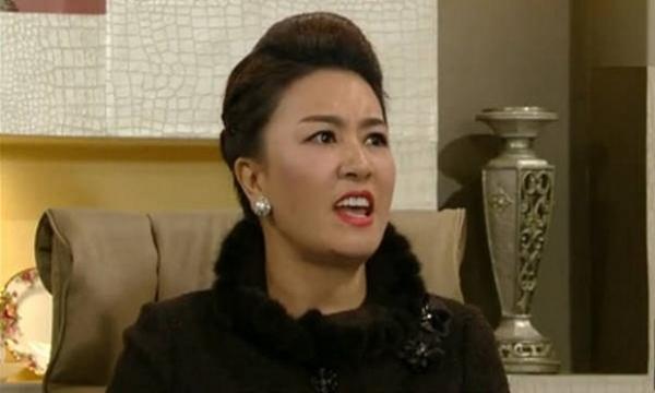 Vi ich ky, chong khong muon 'buong tha' de toi tim hanh phuc moi