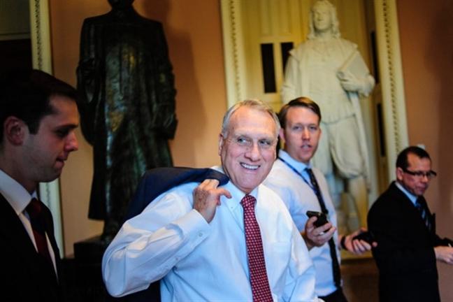 My: Cuu Thuong nghi sy Jon Kyl se thay the ong John McCain