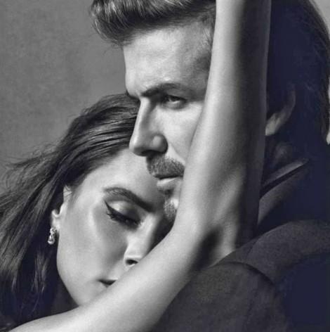 Thông điệp ẩn trong bộ ảnh ngọt ngào kỷ niệm 19 năm ngày cưới của nhà Beckham