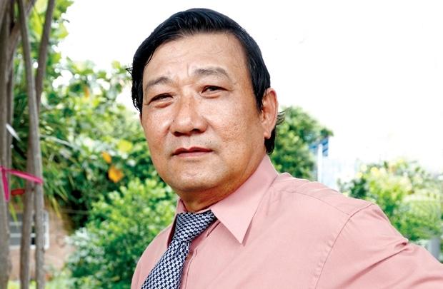 Bai 2: Ong Khai lam gao huu co tren khu rung chay