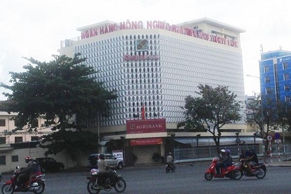 Ong Nguyen Huynh Dat Nhan duoc tai ngoai