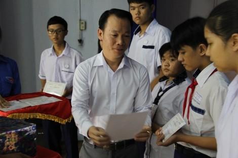 18 năm liền, PNJ trao gần 2.000 suất học bổng cho học sinh nghèo vượt khó quận Phú Nhuận
