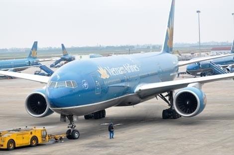 Vietnam Airlines dừng một số chuyến bay do ảnh hưởng của bão số 6