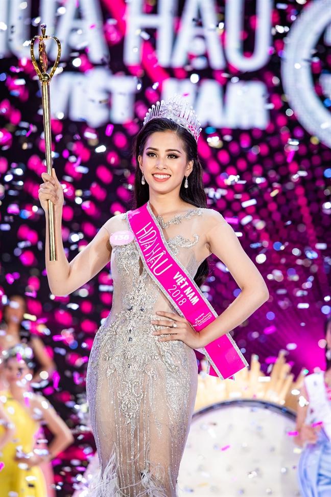 TP.Hoi An ton vinh Hoa hau Viet Nam 2018