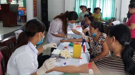 Hóc Môn: Khám bệnh, tư vấn và phát thuốc miễn phí