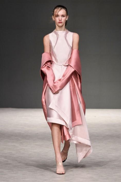 Nhà thiết kế Phương My mở màn ấn tượng tại Vancouver Fashion Week