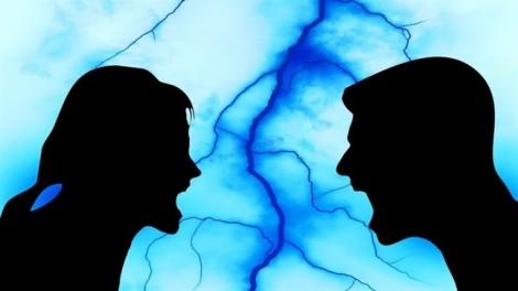 Bố chồng di nguyện thừa kế riêng, nhưng chồng không chịu chia