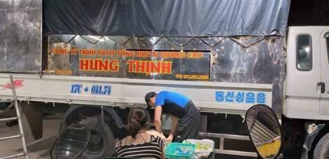 Triệu tập các đối tượng bảo kê chợ Long Biên