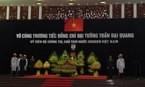Lãnh đạo Đảng, Nhà nước xúc động ghi sổ tang thương tiếc Chủ tịch nước Trần Đại Quang