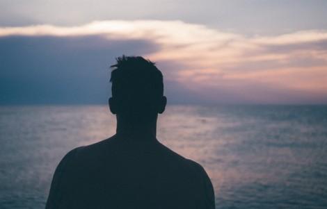 Đàn ông tuổi 35 - bản lề của khủng hoảng trung niên