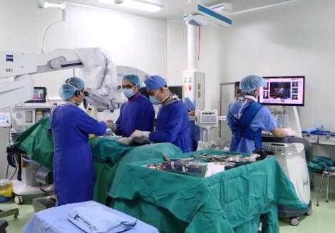 Bệnh thoái hóa cột sống: Chưa 30 tuổi đã bị gọi tên