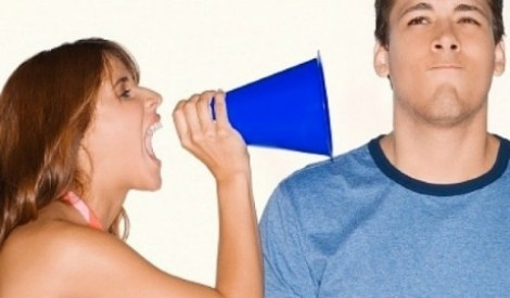Nỗi sợ lớn nhất của đàn ông là vợ 'tám' bí mật gối chăn với người khác