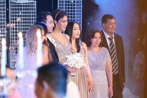 Lan Khuê chính thức lên xe hoa cùng doanh nhân John Tuấn Nguyễn