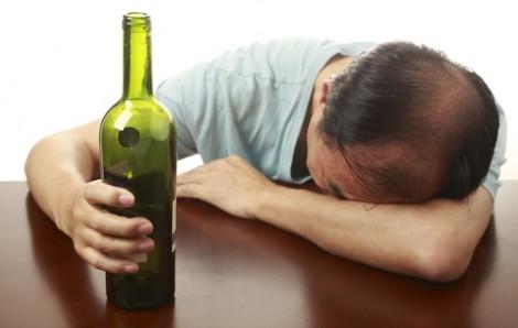 Cái chết của mẹ có đủ làm con bỏ rượu?