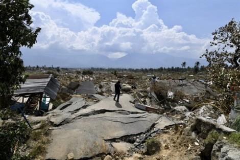Thảm cảnh của 200.000 người dân Indonesia sau động đất