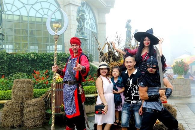 Du khach do ve Da Nang de tan huong Halloween co mot khong hai o Viet Nam