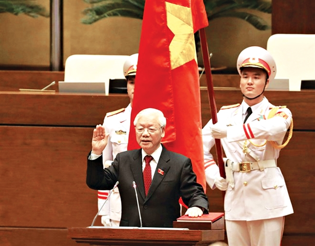 Tong bi thu Nguyen Phu Trong duoc bau giu chuc Chu tich nuoc: 'Co gang lam het suc minh dap ung yeu cau cua nhan dan'