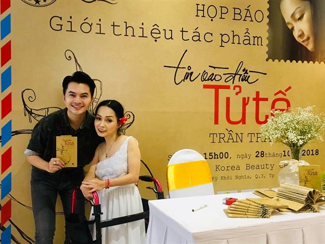 Chuyen MC Phan Anh bi don thoi khong minh bach trong tu thien len sach