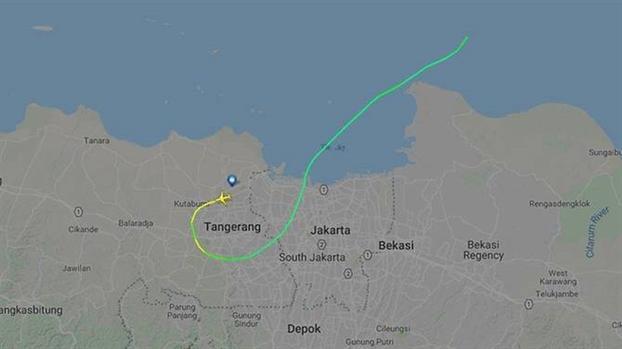 Roi may bay Indonesia: Manh vo day tren bien, khong co dau hieu nguoi song sot