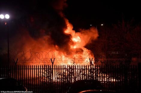 Rơi trực thăng Leicester: Phi công cứu mạng hàng trăm người trước khi máy bay nổ