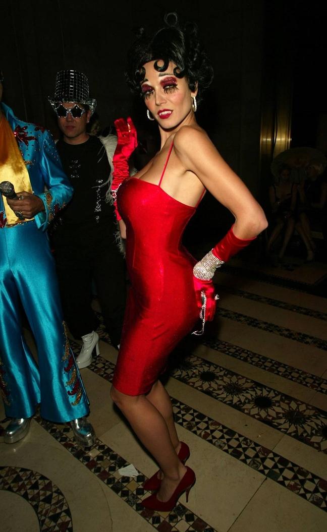 Sieu mau Heidi Klum – Nu hoang Halloween cua moi thoi dai