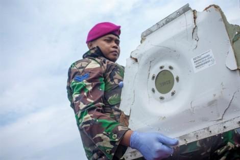Sau 2 ngày tìm kiếm, Indonesia đã thấy phần thân của máy bay Lion Air