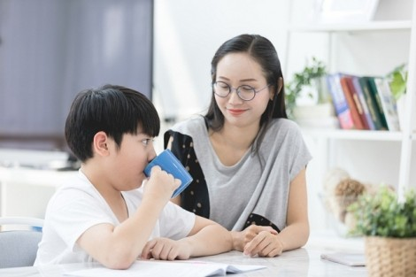 Mẹ Việt rỉ tai nhau về thức uống dinh dưỡng có thể 'hiểu lòng mẹ, chiều lòng bé'