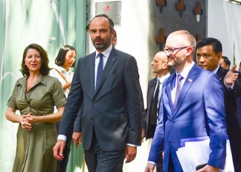Thủ tướng Pháp dự khai trương Trung tâm Y tế Pháp tại TP.HCM, hội kiến cùng Bí thư Thành ủy Nguyễn Thiện Nhân