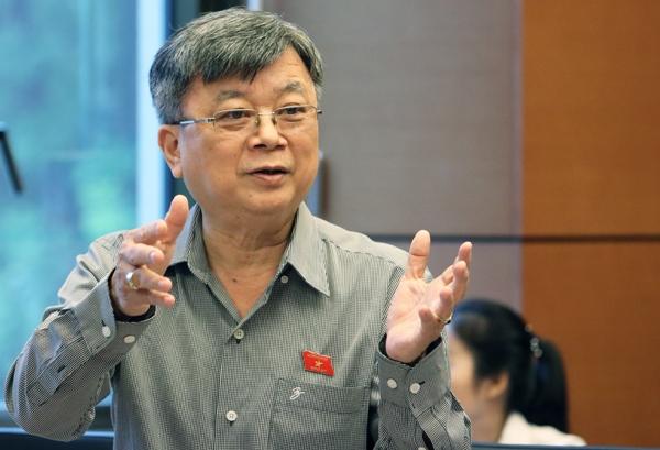 DB Truong Trong Nghia: 'Nhieu nguoi bang cap cao ma van viet sai chinh ta'