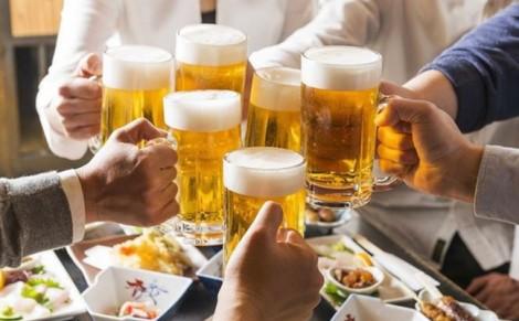 Luật hóa cấm cán bộ, công chức uống rượu bia trong giờ nghỉ trưa