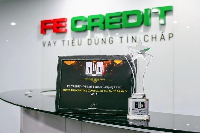 FE CREDIT dat giai 'Thuong hieu tai chinh tieu dung dot pha nhat chau A nam 2018' do tap chi Global Brands danh gia