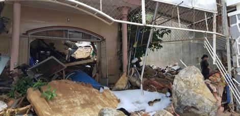 Đoàn giáo viên Đắk Lắk gặp sạt lở đất ở Nha Trang, một cháu bé tử vong
