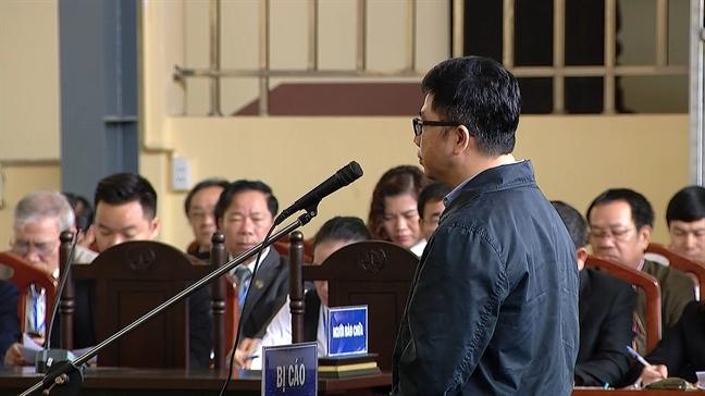 Cuu trung tuong Phan Van Vinh nhan toi, cam thay 'tham thia, an han'