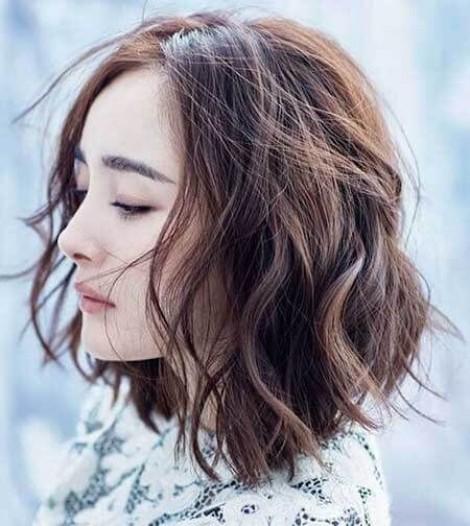 Những kiểu tóc rối xù hững hờ giúp bạn tỏa sáng