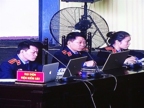 Ông Phan Văn Vĩnh và Phan Sào Nam cùng bị đề nghị 7 năm tù