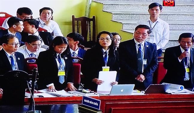 Luat su xin giam toi cho 'ong trum' Nguyen Van Duong