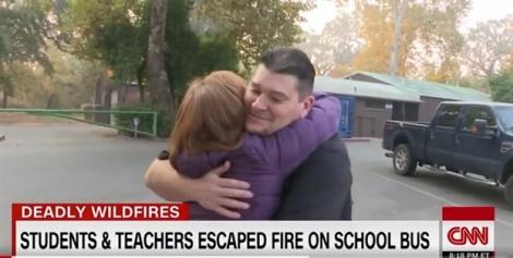 Người tài xế 'từ thiên đường' cứu 22 đứa trẻ thoát khỏi biển lửa California