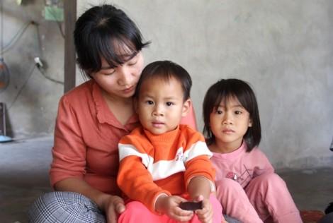 Người mẹ 3 con dùng tình thương 'chữa bệnh' tâm thần cho chồng