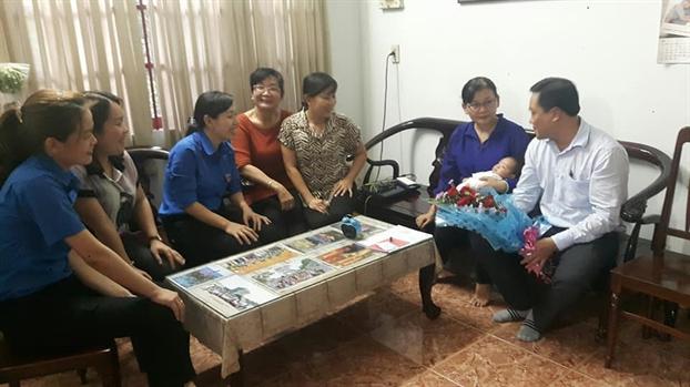 Huyen Cu Chi: Don mung cac cong dan moi chao doi