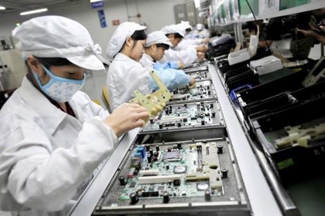 Nữ lao động Việt ở Nhật Bản trước áp lực phá thai hay nghỉ việc